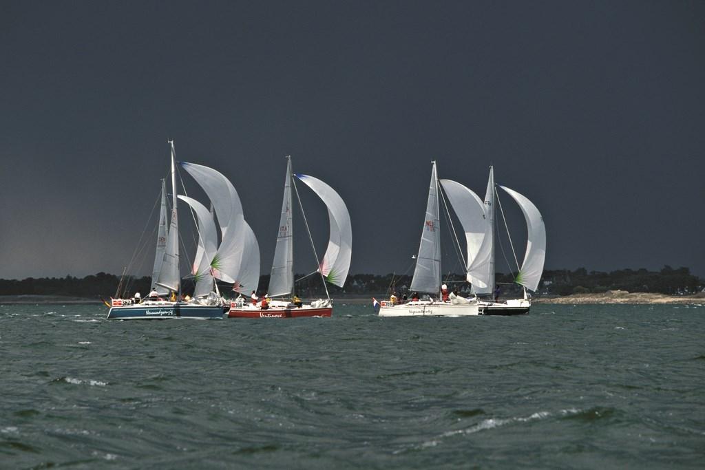 dehler-29-sailing-1024x768